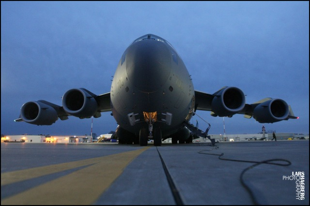 Canadian forces C-17 Globemaster sits on the tarmac at CFB Trenton on Friday Nov. 15, 2013. Eight forces members from CFB Petawawa are leaving tonight for the typhoon typhoon Haiyan, hit area of the Philippines. THE CANADIAN PRESS/Lars Hagberg